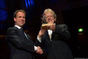 Henk Meutgeert ontvangt Concertgebouw Jazz Award